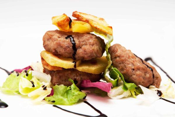 Mini hamburger di scottona fiorani g240 atp fiorani e c. produzione carni