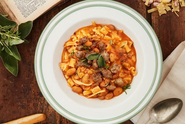 Pasta e fagioli sfiziosi con salamella classica ricetta fiorani